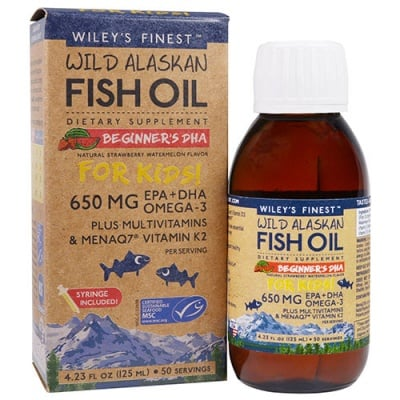 Wiley`s finest wild alaskan fish oil omega-3 + vitamins for kids strawberry, watermelon  flavoured liquid 125 ml / Рибено масло омега-3 + витамини за деца 1+ течна формула с вкус на ягода и диня 125 мл Wiley`s finest