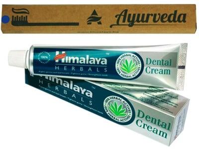 Himalaya Set Herbal Toothpaste 75 ml. + Bamboo toothbrush / Хималая Комплект Билкова паста за зъби 75 мл. + Бамбукова четка за зъби
