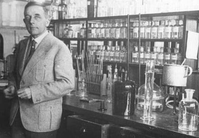 Д-р Ото Варбург и невероятните му разкрития за рака