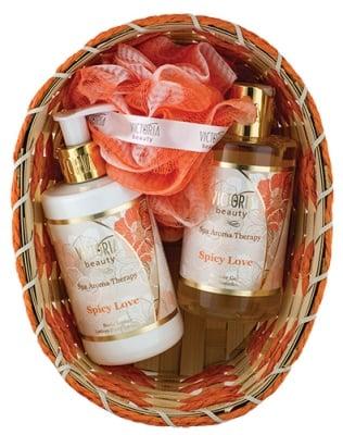 Victoria Beauty Set Spa Aroma Therapy Spicy Love Body lotion 250 ml + Shower gel 250 ml + Basket + Bath sponge / Виктория Бюти Комплект Спа Арома Терапи Спайси Лов Лосион за тяло 250 мл. + Душ-гел 250 мл. + Гъба за баня + Кошничка