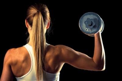 Защо за здравето ни е полезно да вдигаме тежести?
