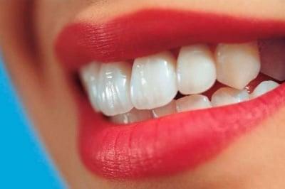 Какво да приемаме за здрави зъби и венци?